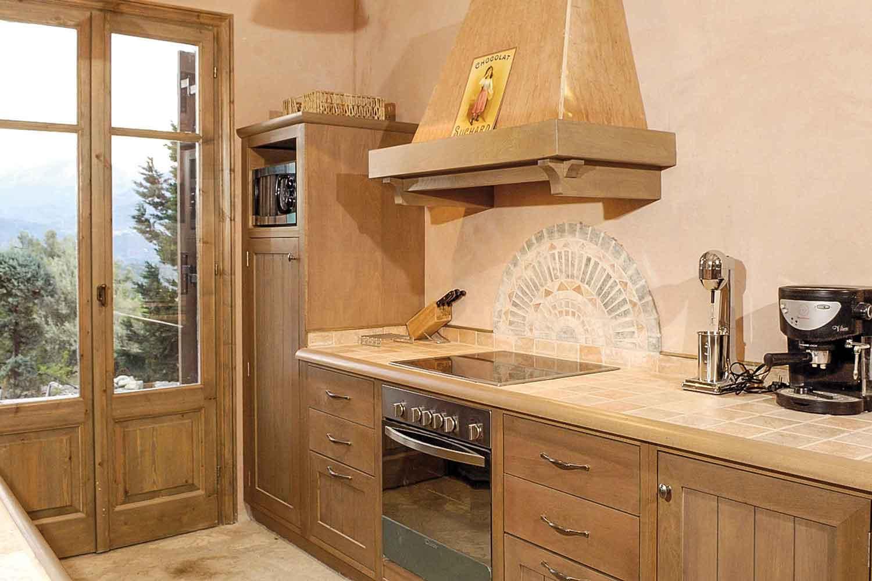 βίλα με ιδιωτική πισίνα προς ενοικίαση,  πλήρως εξοπλισμένη κουζίνα