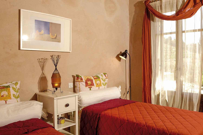βίλα με ιδιωτική πισίνα, υπνοδωμάτιο με δύο άνετα μονά  κρεβάτια