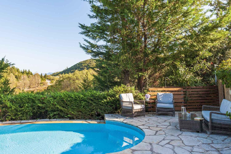 βίλα με ιδιωτική πισίνα για τις καλοκαιρινές διακοπές, λεπτομέρεια της πισίνας