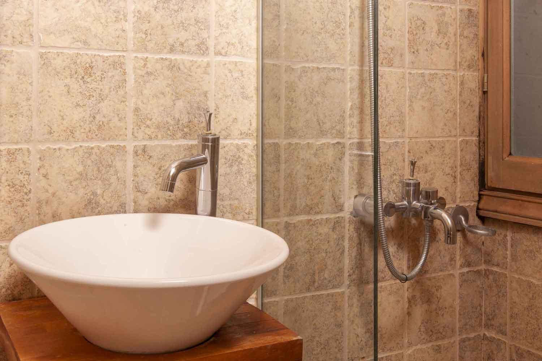 βίλα με ιδιωτική πισίνα, μεγάλο μπάνιο