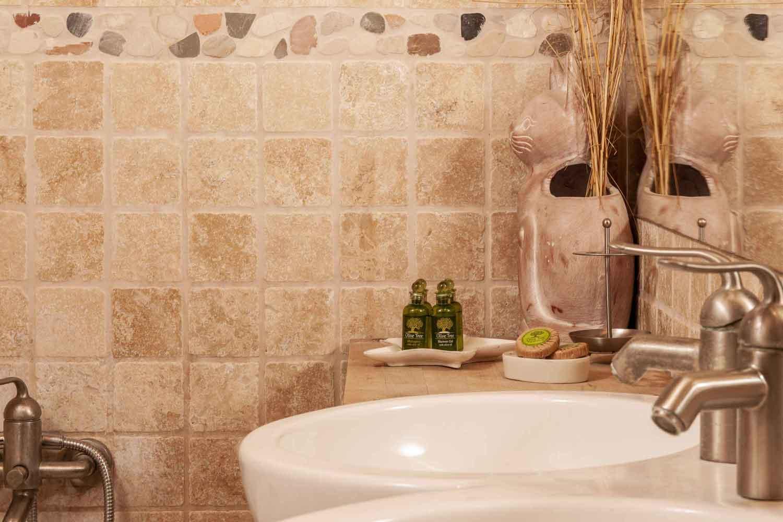 βίλα με ιδιωτική πισίνα, άνετο μπάνιο