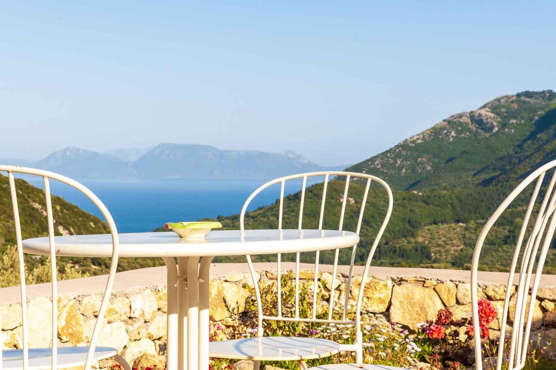 βίλα με ιδιωτική πισίνα - διαμονή, τέλεια θέα από τη βεράντα