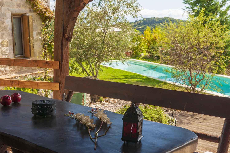 βίλα με ιδιωτική πισίνα για ζευγάρια, όμορφο τοπίο, κήπος
