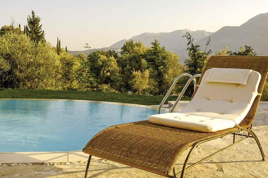 private pool villa Orfeas